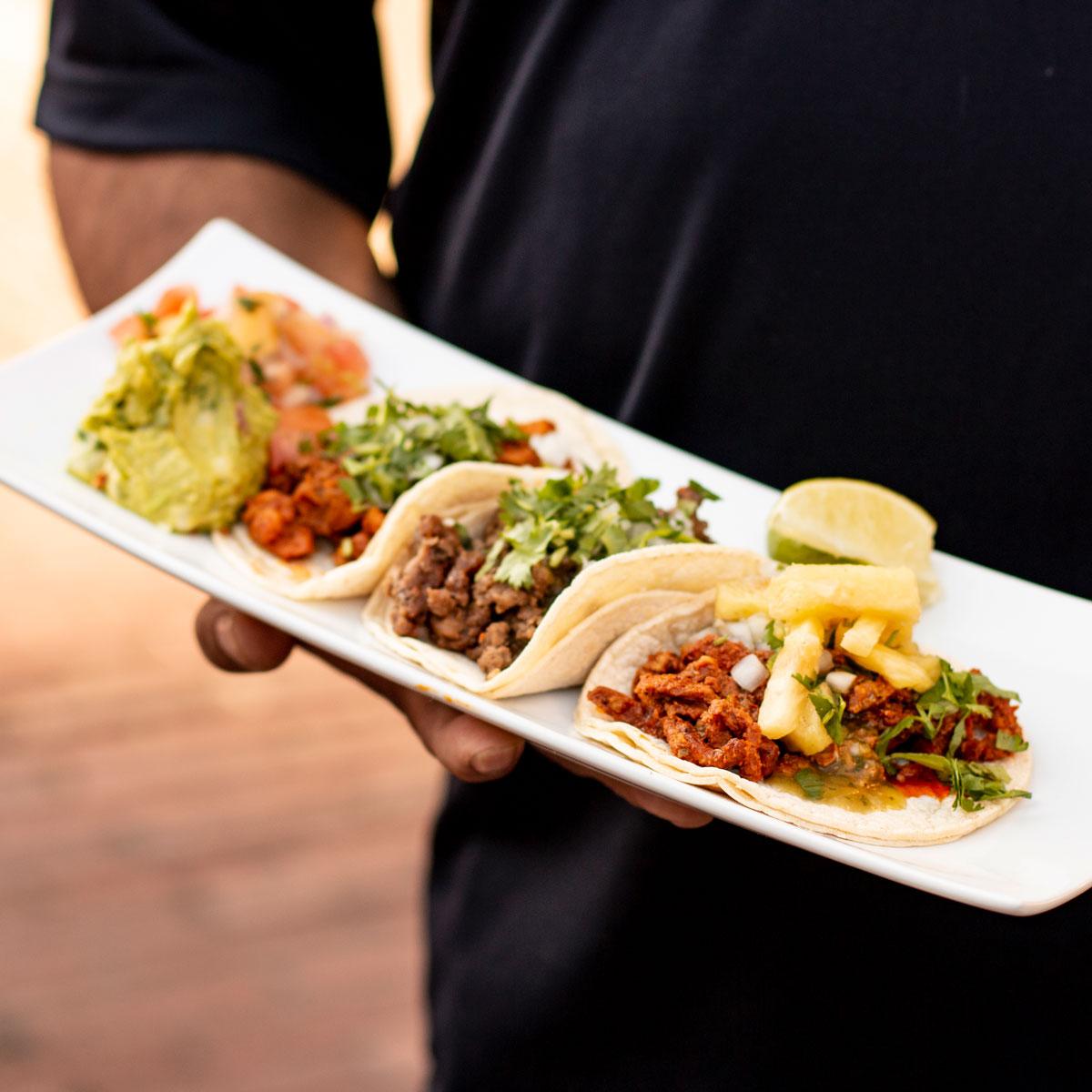 Los Agaves tacos